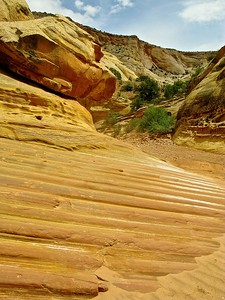 Sand stone layers
