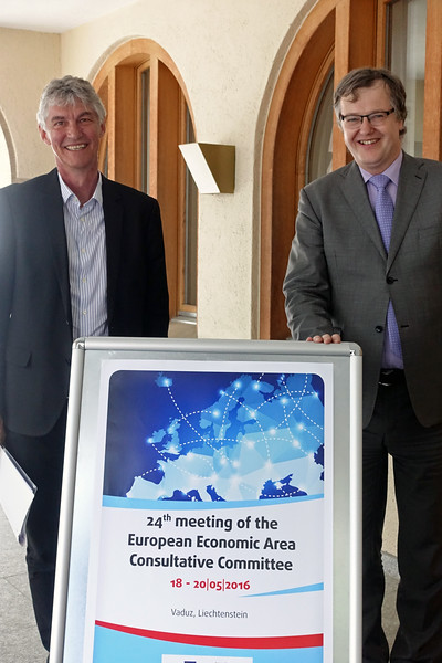 From left: Mr Vidar Bjørnstad, Co-Chair of the EEA Consultative Committee, Norwegian Confederation of Trade Unions, Mr Petr Zahradník Co-Chair of the EEA Consultative Committee, Czech Chamber of Commerce