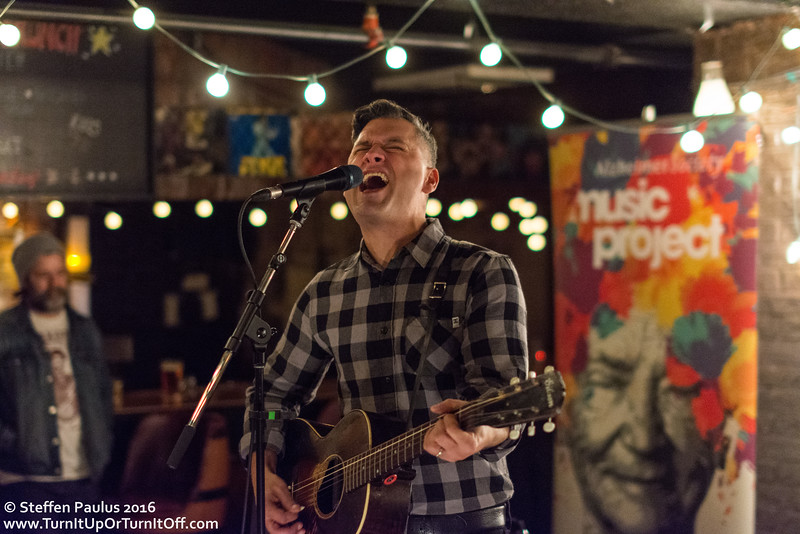 Elliott Brood @ Dakota Tavern, Toronto, ON, 22-November 2016