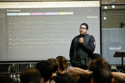Accessibility, RxJS, Data Viz in Angular 2.@modernweb_ Alex Castillo @castillo__io Software Engineer @Netflix. Currently researching the human brain with #JavaScript via @OpenBCI.