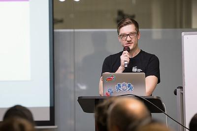 Accessibility, RxJS, Data Viz in Angular 2. Co-host: SouthBayJS @rob_dodson @modernweb_ Rob Dodson, Google Developer Advocate