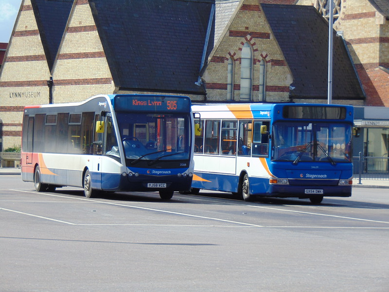Stagecoach Norfolk Green Dennis Dart GX54DWK 34639 in Kings Lynn bus station with Optare Versa YJ58VCC 25268.