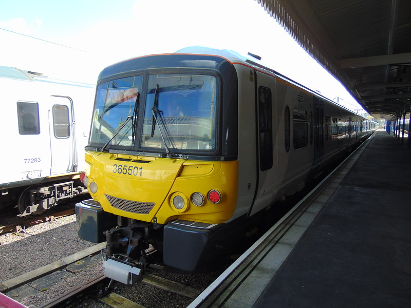 Great Northern Class 365 Networker no. 365501 at Kings Lynn.