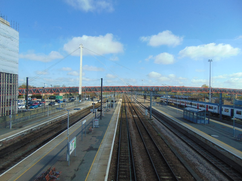Cambridge station, looking north.