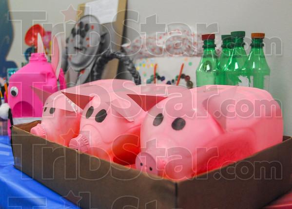 MET 041016 PIGS