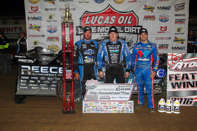 Jonathan Davenport (R), Scott Bloomquist (C) and Josh Richards (L)