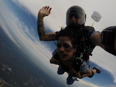 Sheela Bhatt tandem skydiving