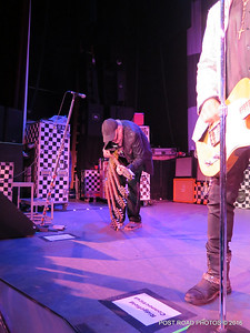 20161101-cheap-trick-ridgefield-playhouse-Rick-Nielsen-011