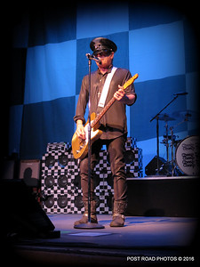 20161101-cheap-trick-ridgefield-playhouse-Robin-Zander-005