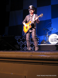 20161101-cheap-trick-ridgefield-playhouse-Robin-Zander-009
