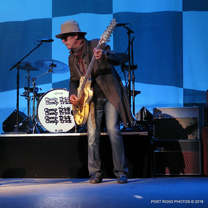 20161101-cheap-trick-ridgefield-playhouse-Tom-Petersson-001