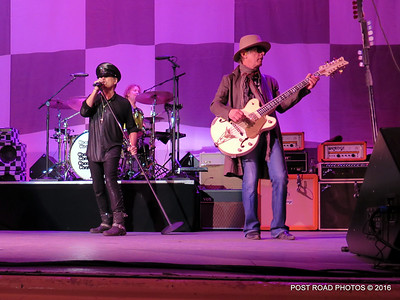 20161101-cheap-trick-ridgefield-playhouse-Robin-Zander-Tom-Petersson-001