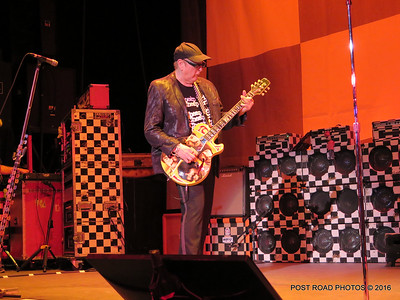 20161101-cheap-trick-ridgefield-playhouse-Rick-Nielsen-006