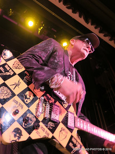 20161101-cheap-trick-ridgefield-playhouse-Rick-Nielsen-008