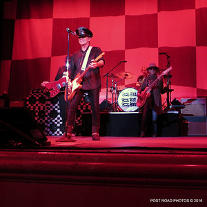20161101-cheap-trick-ridgefield-playhouse-Robin-Zander-Tom-Petersson-003