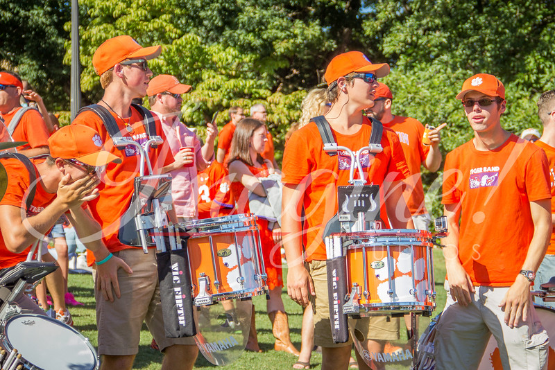 clemson-tiger-band-louisville-2016-37