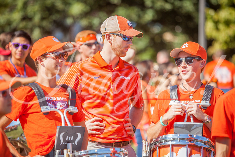 clemson-tiger-band-louisville-2016-28