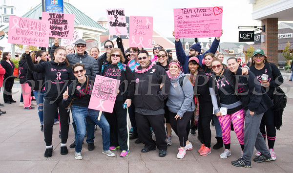 Team Chazz joined thousands of people, including cancer survivors, their families and businesses, in the annual American Cancer Society Making Strides Against Breast Cancer walk at Woodbury Common Premium Outlets in Central Valley, NY on Sunday, October 16, 2016. Hudson Valley Press/CHUCK STEWART, JR.