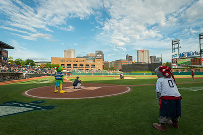 Gives_Night_Ballpark_CBUS-1431