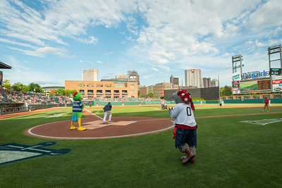 Gives_Night_Ballpark_CBUS-1432