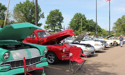Cruzin' the VA Car and Bike Show