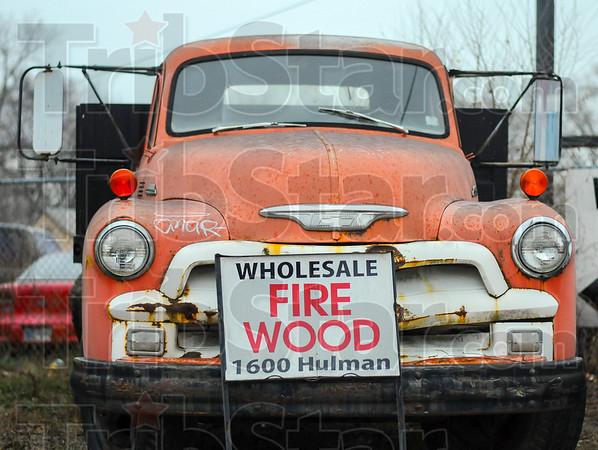 MET 122516 FIRE WOOD SIGN