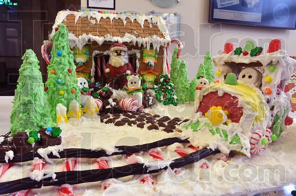 MET120216miracle gingerbread
