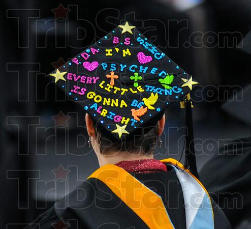 MET 121716 DECORATED CAP