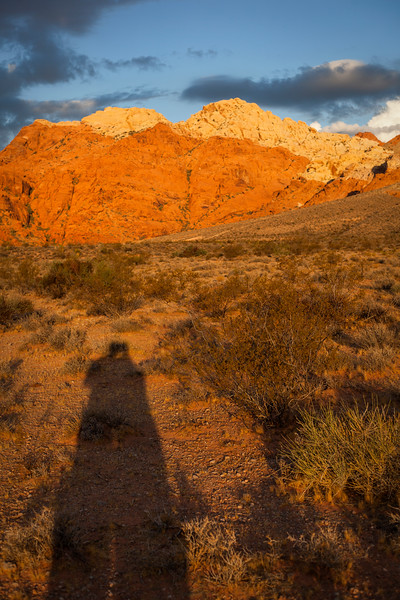Sun rises and lights up the rocks of Calico Basin.