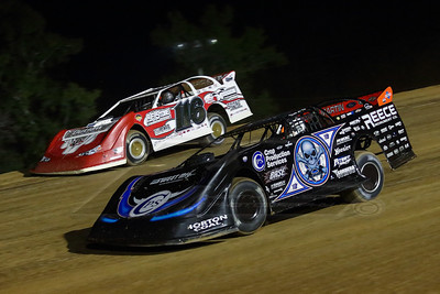 Scott Bloomquist (0) and Brandon Overton (116)