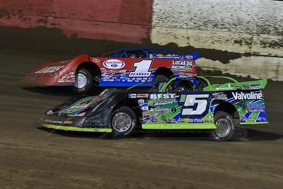 Brandon Sheppard (B5) and Earl Pearson, Jr. (1)