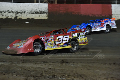 Tim McCreadie (39) and Josh Richards (1)