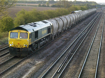 66614 0709_6m88 West Thurrock-Tunstead passing Cossington  28/04/16.