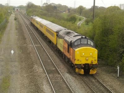 37421 tnt 37175 1347_3z05 Cardiff-Derby passes Stenson Junction  28/04/16.