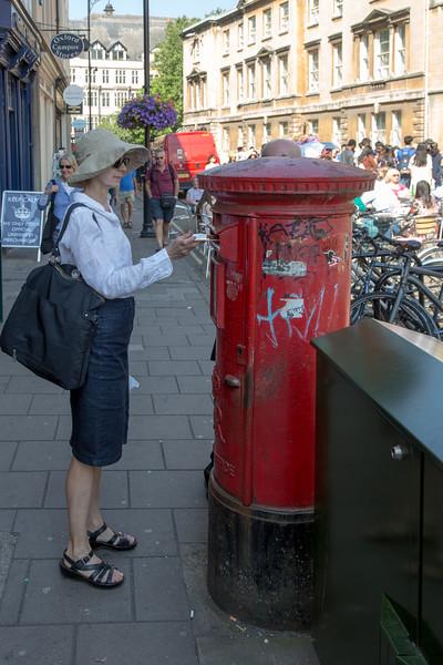 Chantal mailing postcards