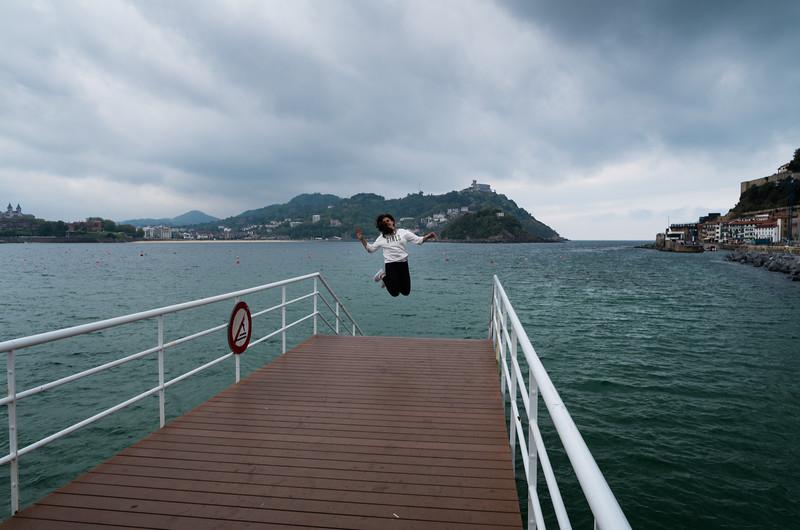 Por medios sociales. Donostia-San Sebastián, Spain.