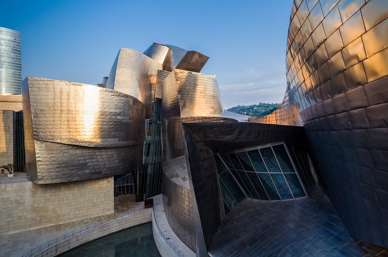Museo Guggenheim at sunrise. Bilbao, Spain.
