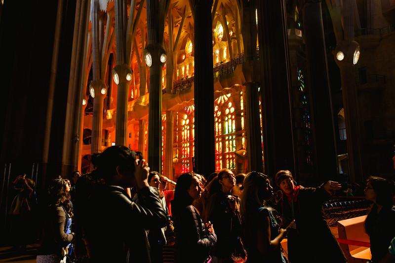 360 students receive a tour inside the Sagrada Familia.