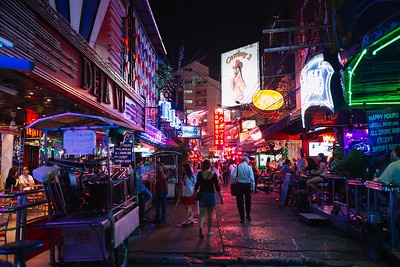 Henry Huynh_Bangkok Soi Cowboy
