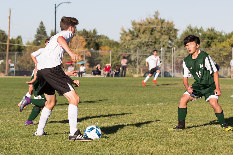 4-0 win versus Niwot on 9/27/16. Facing Daniel from his St. Vrain club team.