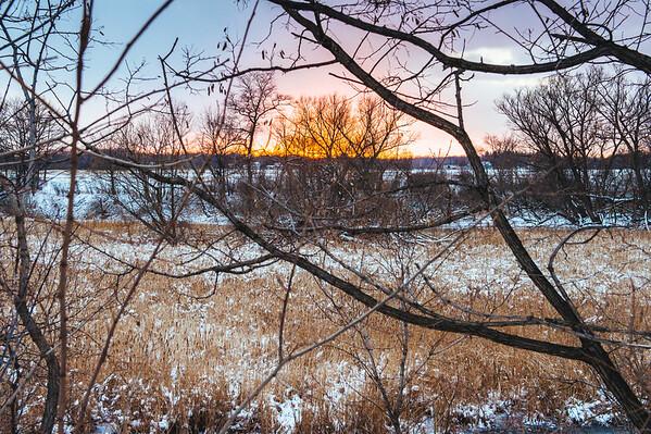 JOED VIERA/STAFF PHOTOGRAPHER-Newfane, NY-The sun sets over a field.