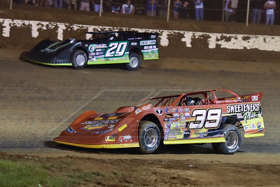 Tim McCreadie (39) and Jimmy Owens (20)