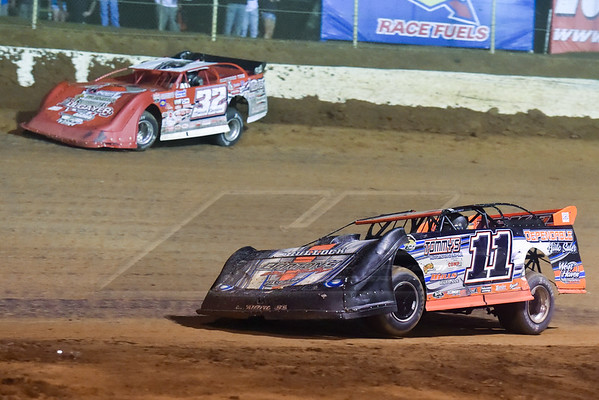 Tommy Bailey (11B) and Bobby Pierce (32)