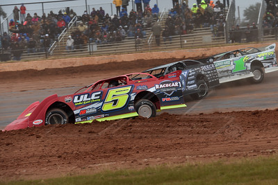Mark Whitener (5), Scott Bloomquist (0) and Ryan King (1G)