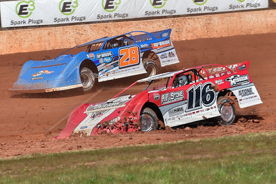 Randy Weaver (116) and Dennis Erb, Jr. (28)