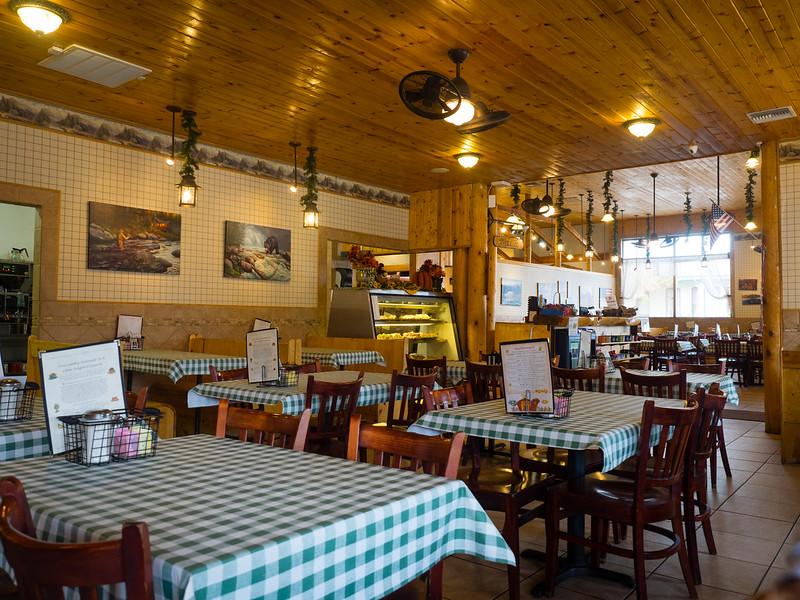 Pine Country Restaurant