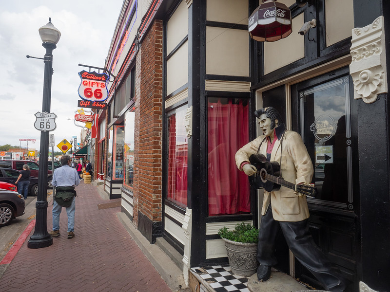 Elvis and Route 66