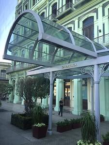 Hotel Saratoga_Kristin Appelget