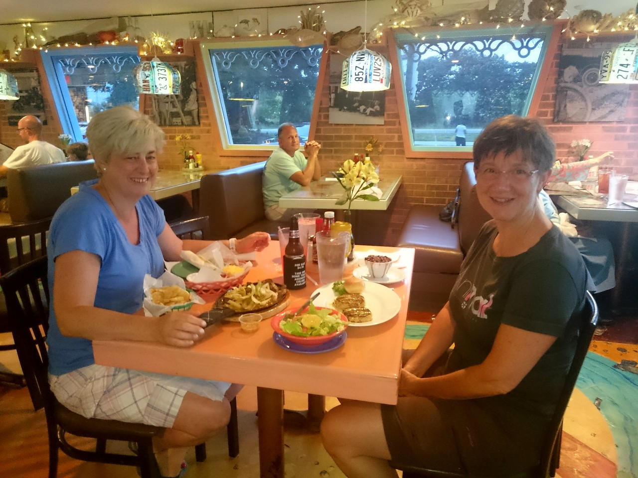 Foodies on tour: Crab fritters and home made nachos