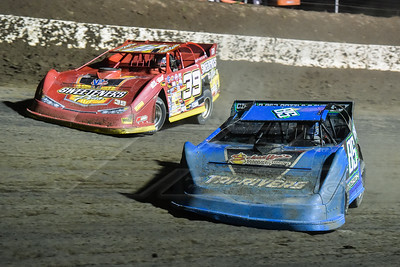Mark Dotson (85D) and Tim McCreadie (39)